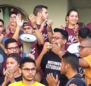 Estudiantes de Urbe alzan su voz en contra de la usurpación