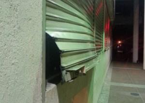 Hombres armados atracaron a clientes en una venta de pizzas en San Cristóbal