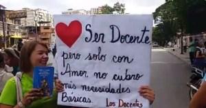 """Mientras la situación """"se calma"""" en Cotiza, docentes protestan en El Valle (VIDEO) #21Ene"""