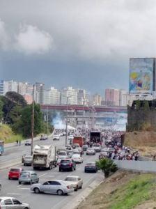 """FOTOS: Fuerte represión en la Fajardo antes de """"La Araña"""" en el oeste capitalino"""