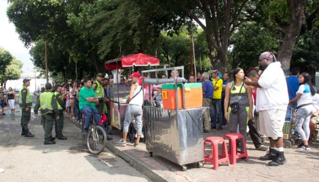 Estadounidense se ganó el corazón de venezolanos en Cúcuta tras ofrecer comida gratis