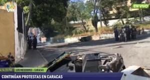 Lacrimógenas y represión: Vecinos de Los Mecedores se rebelaron ante Maduro y la PNB este #21Ene