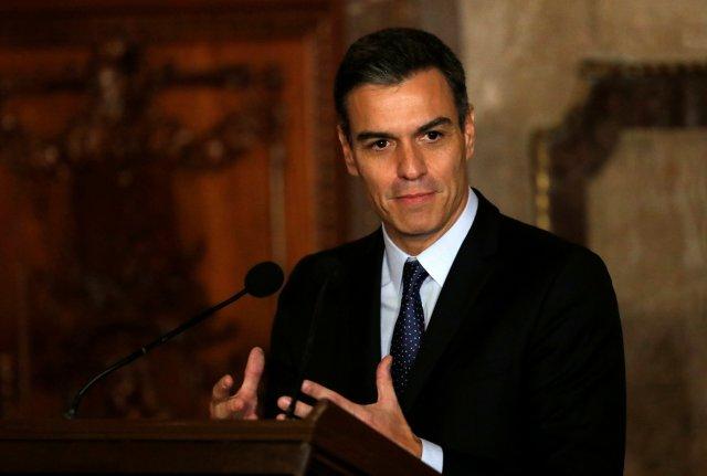 Pedro Sánchez, el malabarista que busca estabilizarse en el poder