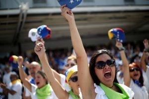 Venezuela se prepara para una avalancha humanitaria