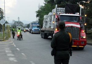 Venezolanos se preparan para recibir la ayuda humanitaria que está a solo unos pasos