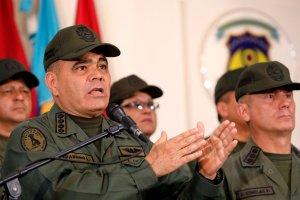 Padrino López pregona soberanía mientras Venezuela es escenario de guerra entre grupos irregulares