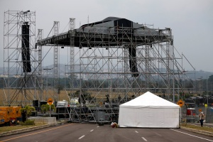 Esperan 250.000 asistentes a concierto a favor de Venezuela en frontera con Colombia