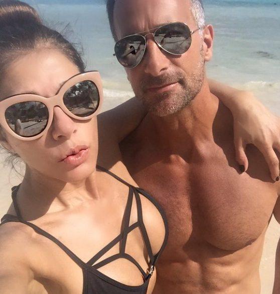 Catherine Fulop y su esposo encienden Instagram con este semidesnudo en la cama