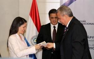 Venezolanos en Paraguay ya cuentan con un protocolo para facilitar sus trámites migratorios