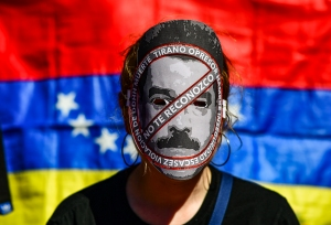 A duras penas Maduro recolectará 1 millón 600 mil firmas: 84.1 % de venezolanos apoya una intervención (Flash Meganálisis)