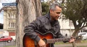 ¡Echa pa' lla todo lo malo! El músico venezolano Mulato trabaja como conserje en Chile (video)