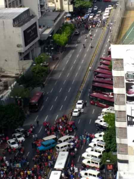 Dictadura de Nicolas Maduro - Página 27 WhatsApp-Image-2019-02-20-at-2.02.27-PM-1