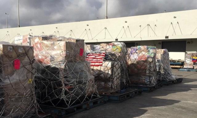 EN FOTOS: Nuevo cargamento de ayuda humanitaria sale de Miami rumbo a Curazao