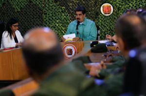¡Zzz…! Sabemos que no escuchaste a Maduro hoy, pero mira cuán pocos lo vieron por Periscope (FOTO)