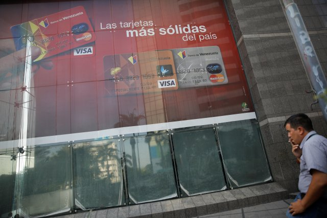 Bancos abren este martes de 9 am a 2 pm; este miércoles no habrá actividad bancaria