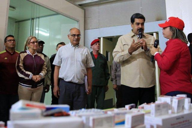 """No lo sé, Rick… Maduro promete que la próxima semana llegará """"ayuda humanitaria"""" de Rusia (Video)"""