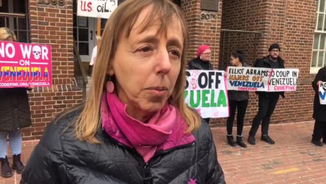 VIDEO: Comunista gringa explica que tomó la embajada de Venezuela porque es ilegal hacerlo