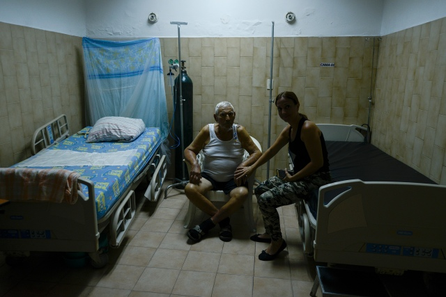Venezolanos siguen muriendo por falta de medicinas mientras el régimen le echa la culpa al bloqueo