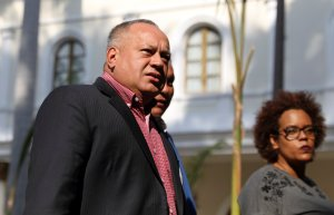 Hispanopost: Diosdado Cabello utiliza francotiradores de la GNB como escoltas