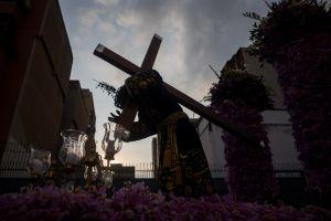 El Viacrucis del venezolano en Semana Santa