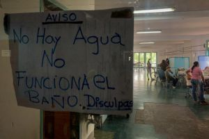 """Agua potable: Un """"lujo"""" del que disfrutan pocos venezolanos"""