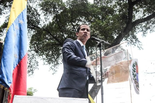Guaidó invita a los trabajadores públicos a participar en la marcha del #1May (VIDEO)