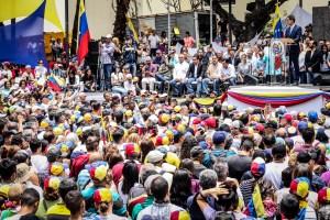 En Fotos: Caraqueños dijeron presente en el Cabildo convocado por Juan Guaidó #19Abr