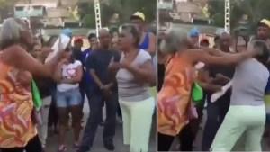 ¡A PUÑOS! Así terminaron dos señoras la reunión de un consejo comunal en Cúa (VIDEO)