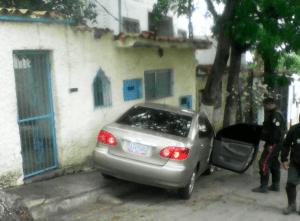 Pistoleros perpetraron doble homicidio en Vargas (Fotos)