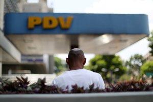 Habitantes de Maracay denuncian que a las fuerzas del régimen les surten la mayoría de la gasolina #1Abr
