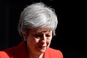 Theresa May dimitirá y lamenta no haber podido ejecutar el brexit