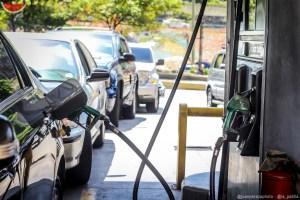 Yon Goicoechea advierte que venta de gasolina colapsará en tres semanas