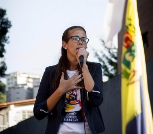 Manuela Bolívar: Rechazamos que las autoridades busquen cambiar los hechos del asesinato de Angela Aguirre