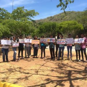 Familiares de nueve detenidos en Nueva Esparta exigen al Ministerio Público su liberación