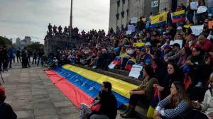 Venezolanos en Argentina, entre la inquietud y los planes de volver a emigrar