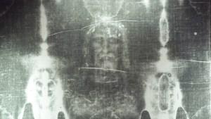 ¿De tiempos de Cristo? Nuevo estudio cuestiona los datos del sudario de Turín