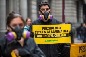 Persiste la contaminación en costa chilena tras un año de intoxicación masiva