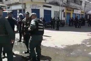 Comerciantes de El Manteco en Barquisimeto fueron desalojados por las Faes (video)