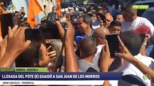 Así recibieron a Juan Guaidó en el Mercado Municipal de San Juan de Los Morros (VIDEO)