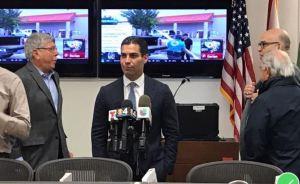 Alcalde de Miami en cuarentena tras estar en contacto con infectado con coronavirus