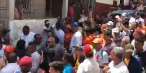 Una marea de varguenses recibió a Guaidó en El Polvorín (VIDEO)