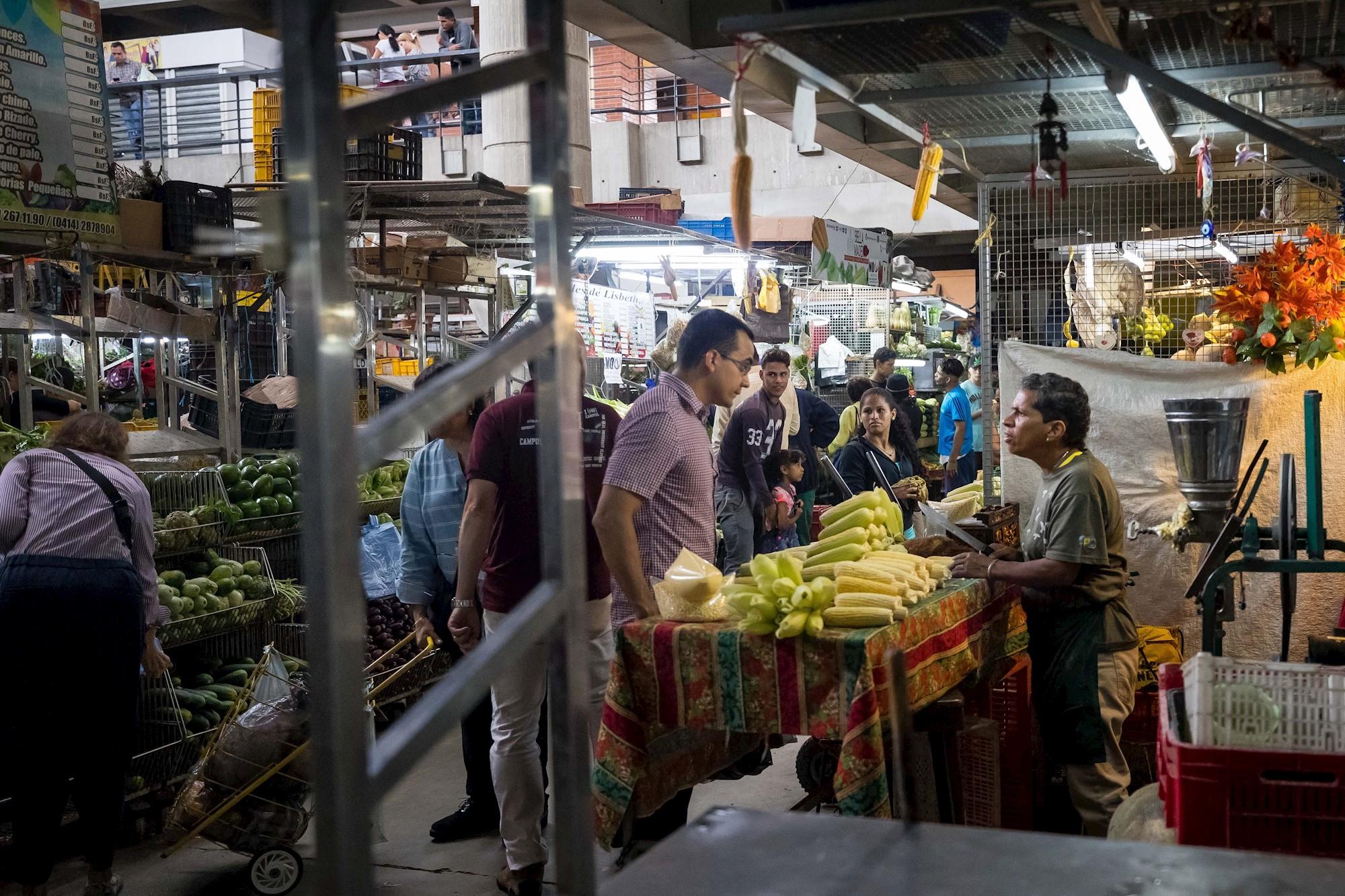 Crisis en Venezuela: 9,3 millones de personas no pueden acceder a alimentos debido a la hiperinflación