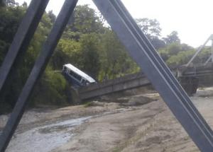 Al menos 20 lesionados dejó el aparatoso accidente de un autobús en El Vigía (FOTO)