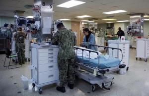 Venezolanos depositan sus esperanzas en el buque hospital de EEUU (Fotos)
