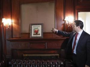 Vecchio anunció a EEUU cuáles fueron las obras de arte robadas de la embajada (Fotos)