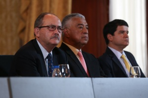 """El #TBT de cuando Claudio y Felipe no hacían """"acuerdos"""" con un """"gobierno malandro"""""""