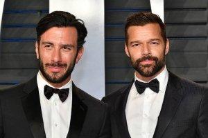 """""""Tremendo papi"""": Ricky Martin enloquece con esta foto de su esposo sin camisa"""
