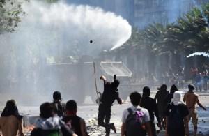 Militar se entrega por la muerte de un manifestante en Chile