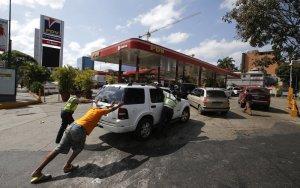 Producción de Pdvsa aumentó mientras la gasolina desaparecía de las estaciones de servicio