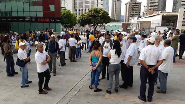 Caracas se une a la protesta contra los apagones, escasez y crisis aguda en Zulia (FOTOS) 5